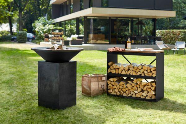 barbacoa ofyr clasica negra jardin Barbacoa OFYR Clásica Negra de acero corten lacada en negro mate ideal para preparar comidas para tus seres queridos.